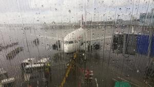 airport-1043636_640
